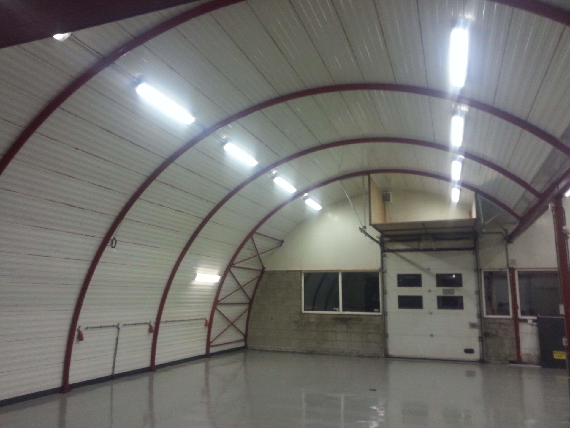plafond bedrijfshal reinigen roveq schoonmaakproducten